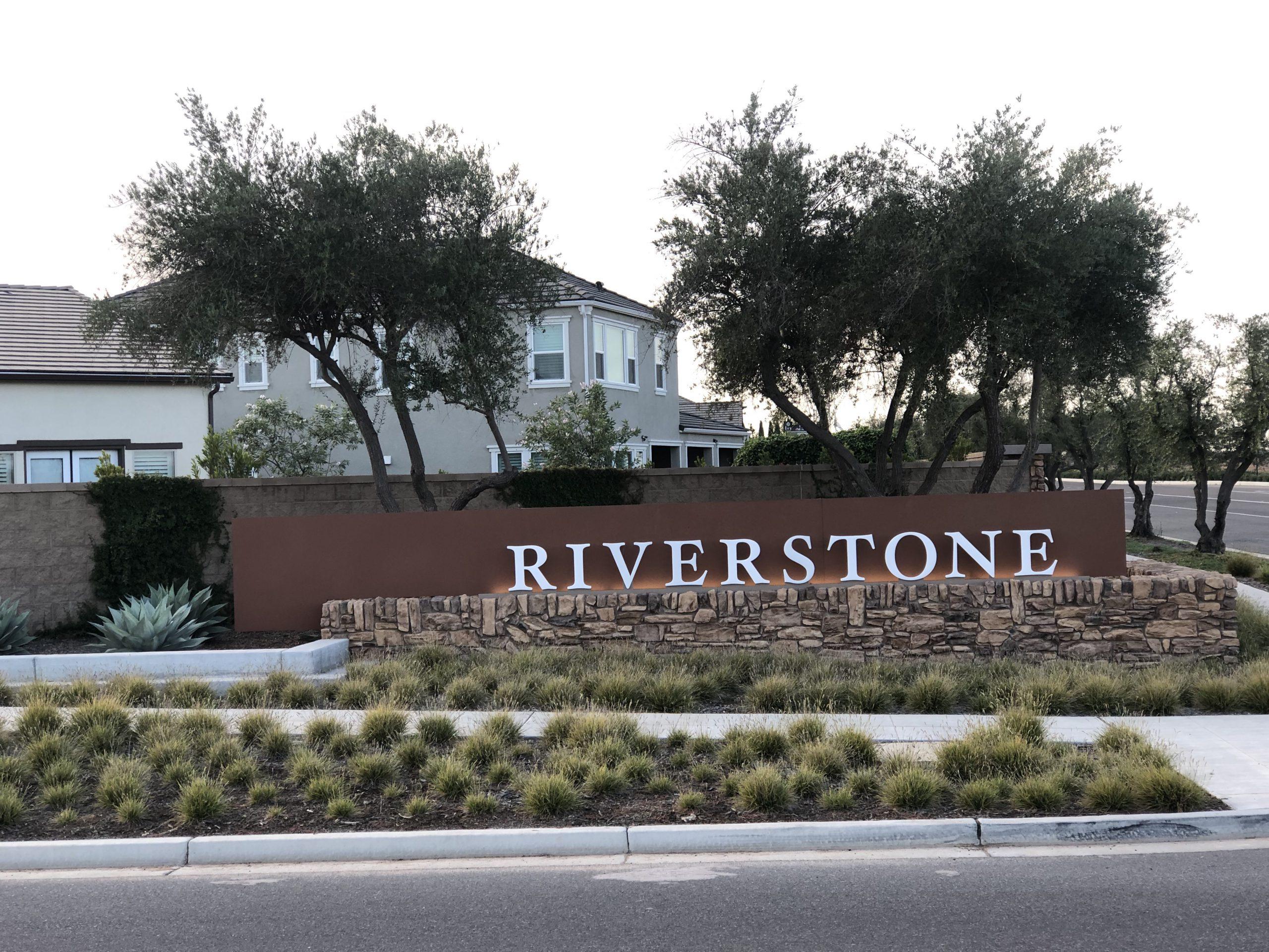 Riverstone - Vivian McCutchen
